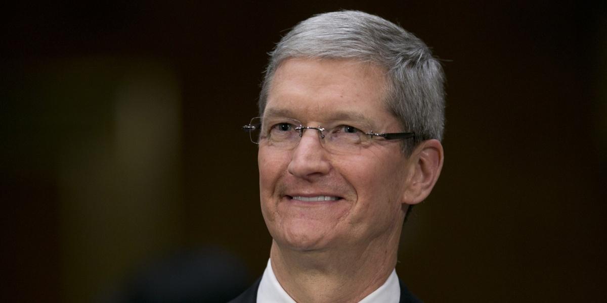 Apple показала рост выручки после 3-х кварталов еепадения