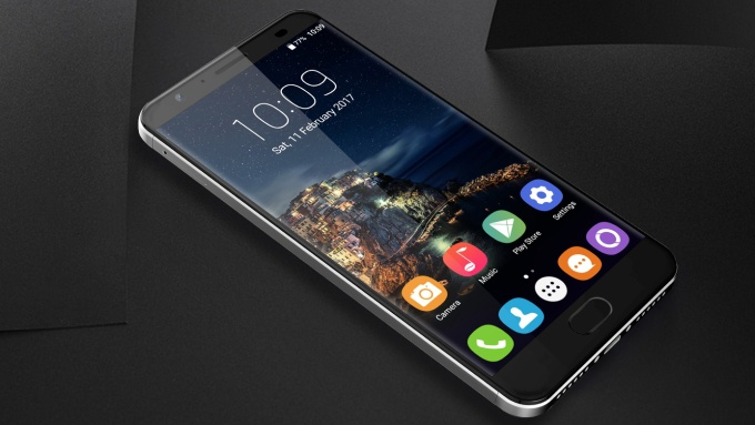 Новый Oukitel K6000 Plus получит батарею на6080 мАч