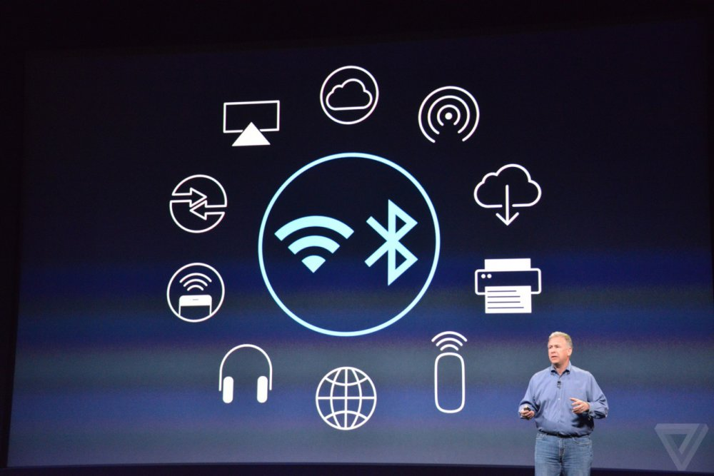 bluetooth technology Bluetooth technology can simplify tasks that previously involved copious wires strewn among peripheral devices for instance, with a bluetooth-enabled printer, one can connect wirelessly with a desktop, laptop or mobile device and print out documents.