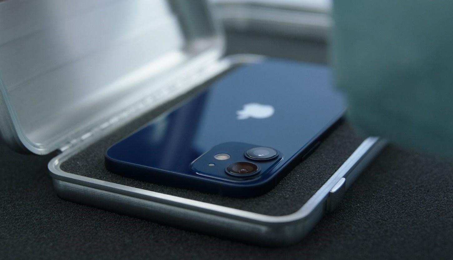Прямая трансляция: Apple показывает iPhone 12